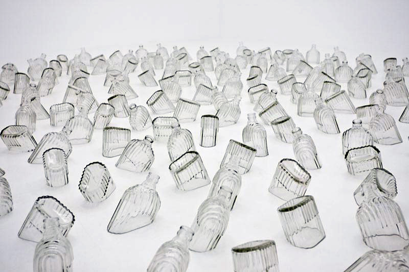Mona Hatoum. Detail of Drowning Sorrows (Gran Centenario). 2002