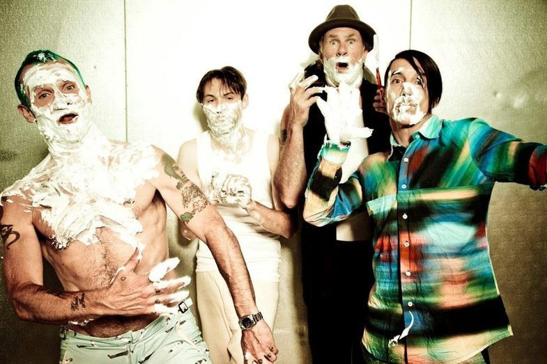 Red Hot Chili Peppers. «Monarchy of Roses»
